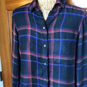 Old Navy long sleeve button down size s